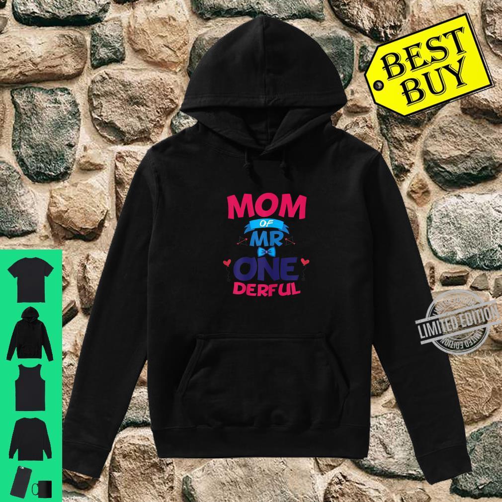 Womens Mother Of Mr One Derful Mom 1 st Birthday Onederful Boy Shirt hoodie